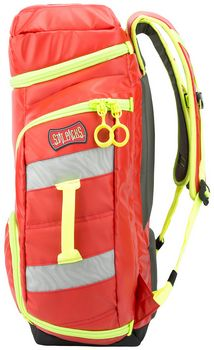 G3 Clinician 3 Cell An EMS Backpack for Medics covering the basics